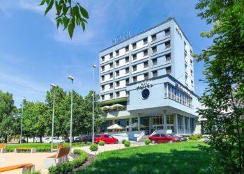 hotel-karpatia-exterier-day-2